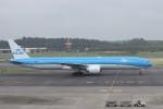 KAZFLYERさんが、成田国際空港で撮影したKLMオランダ航空 777-306/ERの航空フォト(写真)