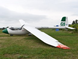 とびたさんが、たきかわスカイパークで撮影した滝川スカイスポーツ振興協会 PW-5 Smykの航空フォト(飛行機 写真・画像)