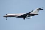 apphgさんが、羽田空港で撮影したビスタジェット BD-700-1A10 Global 6000の航空フォト(写真)