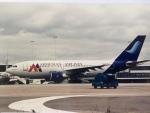twinengineさんが、アムステルダム・スキポール国際空港で撮影したアルメニアン・エアラインズ A310-200の航空フォト(写真)