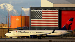 BOSTONさんが、ソルトレークシティ国際空港で撮影したデルタ航空 737-832の航空フォト(飛行機 写真・画像)