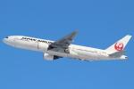 セブンさんが、新千歳空港で撮影した日本航空 777-289の航空フォト(写真)