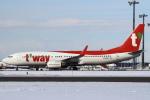 セブンさんが、新千歳空港で撮影したティーウェイ航空 737-8Q8の航空フォト(飛行機 写真・画像)