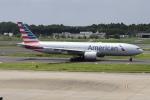 Timothyさんが、成田国際空港で撮影したアメリカン航空 777-223/ERの航空フォト(写真)