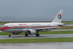 SFJ_capさんが、関西国際空港で撮影した中国東方航空 A320-214の航空フォト(飛行機 写真・画像)
