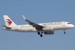 セブンさんが、新千歳空港で撮影した中国東方航空 A320-232の航空フォト(飛行機 写真・画像)
