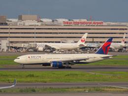 さんぜんさんが、羽田空港で撮影したデルタ航空 777-232/ERの航空フォト(写真)