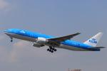 NH642さんが、福岡空港で撮影したKLMオランダ航空 777-206/ERの航空フォト(写真)