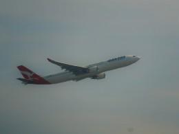 kiyohsさんが、成田国際空港で撮影したカンタス航空 A330-303の航空フォト(飛行機 写真・画像)