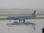 kiyohsさんが、ノイバイ国際空港で撮影したベトナム航空 A321-231の航空フォト(写真)