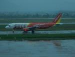 kiyohsさんが、ノイバイ国際空港で撮影したベトジェットエア A320-214の航空フォト(飛行機 写真・画像)