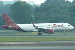 セブンさんが、シンガポール・チャンギ国際空港で撮影したバティク・エア A320-214の航空フォト(飛行機 写真・画像)