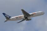 kuro2059さんが、那覇空港で撮影した全日空 767-381/ERの航空フォト(写真)