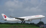 JA8037さんが、成田国際空港で撮影した中国東方航空 A330-343Xの航空フォト(写真)