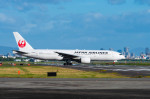 Astechnoさんが、伊丹空港で撮影した日本航空 777-246の航空フォト(写真)