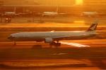 Hiro-hiroさんが、羽田空港で撮影したキャセイパシフィック航空 777-367/ERの航空フォト(写真)
