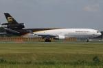 tassさんが、成田国際空港で撮影したUPS航空 MD-11Fの航空フォト(写真)