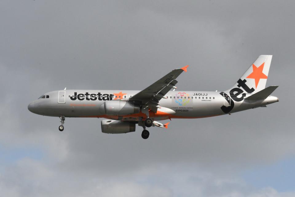 kuro2059さんのジェットスター・ジャパン Airbus A320 (JA01JJ) 航空フォト