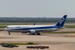 jjieさんが、上海浦東国際空港で撮影した全日空 767-381/ERの航空フォト(飛行機 写真・画像)