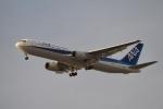 飛行機ゆうちゃんさんが、羽田空港で撮影した全日空 767-381/ERの航空フォト(写真)