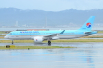 ITM58さんが、関西国際空港で撮影した大韓航空 BD-500-1A11 CSeries CS300の航空フォト(写真)