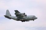 kazuchiyanさんが、岩国空港で撮影したアメリカ海兵隊 KC-130J Herculesの航空フォト(写真)