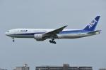 Izumixさんが、伊丹空港で撮影した全日空 777-281の航空フォト(写真)
