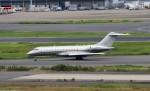 ハム太郎。さんが、羽田空港で撮影したビスタジェット BD-700-1A10 Global 6000の航空フォト(写真)