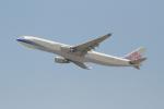 OMAさんが、香港国際空港で撮影したチャイナエアライン A330-302の航空フォト(写真)