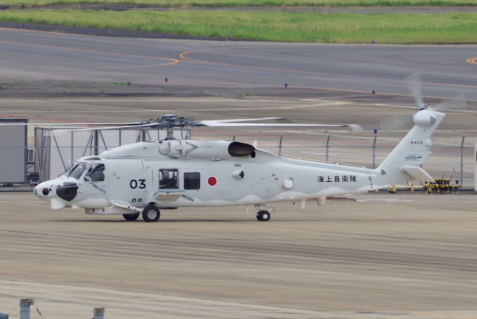 yabyanさんの海上自衛隊 Mitsubishi SH-60K (8403) 航空フォト