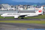 れんしさんが、福岡空港で撮影した日本航空 777-289の航空フォト(写真)