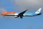 たみぃさんが、成田国際空港で撮影したKLMオランダ航空 777-306/ERの航空フォト(写真)