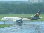 White Pelicanさんが、成田国際空港で撮影したUPS航空 767-34AF/ERの航空フォト(写真)