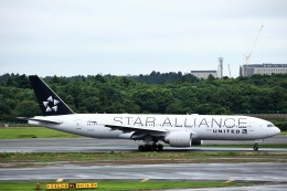 T.Sazenさんが、成田国際空港で撮影したユナイテッド航空 777-224/ERの航空フォト(写真)