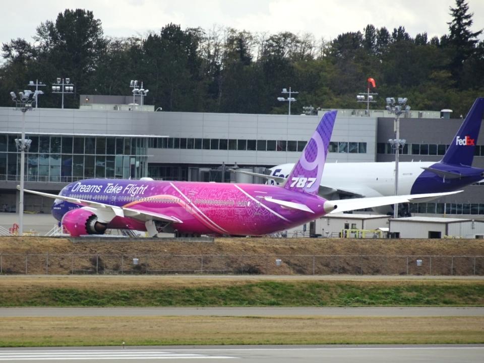 worldstarさんのボーイング Boeing 787-9 (N1015B) 航空フォト