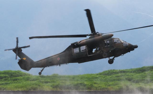 チャーリーマイクさんが、東富士演習場で撮影した陸上自衛隊 UH-60JAの航空フォト(飛行機 写真・画像)
