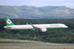 まーちらぴっどさんが、新千歳空港で撮影したエバー航空 A321-211の航空フォト(写真)