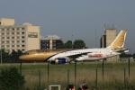 garrettさんが、パリ シャルル・ド・ゴール国際空港で撮影したガルフ・エア A320-214の航空フォト(写真)