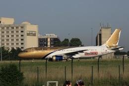 garrettさんが、パリ シャルル・ド・ゴール国際空港で撮影したガルフ・エア A320-214の航空フォト(飛行機 写真・画像)