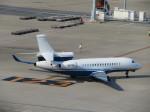 ランチパッドさんが、羽田空港で撮影したプライベートエア Falcon 8Xの航空フォト(写真)