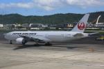 みるぽんたさんが、台北松山空港で撮影した日本航空 777-246/ERの航空フォト(写真)