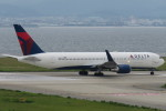 SFJ_capさんが、関西国際空港で撮影したデルタ航空 767-332/ERの航空フォト(写真)