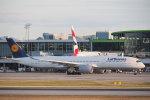 とおまわりさんが、バンクーバー国際空港で撮影したルフトハンザドイツ航空 A350-941XWBの航空フォト(写真)