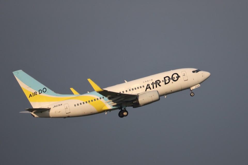 KAZFLYERさんのAIR DO Boeing 737-700 (JA07AN) 航空フォト