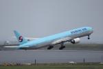 KAZFLYERさんが、羽田空港で撮影した大韓航空 777-3B5の航空フォト(写真)