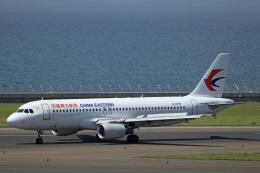 Wasawasa-isaoさんが、中部国際空港で撮影した中国東方航空 A320-214の航空フォト(飛行機 写真・画像)