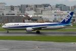 mototripさんが、福岡空港で撮影した全日空 767-381/ERの航空フォト(写真)