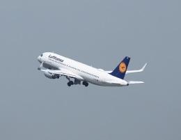 garrettさんが、パリ シャルル・ド・ゴール国際空港で撮影したルフトハンザドイツ航空 A320-214の航空フォト(飛行機 写真・画像)