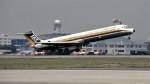ハミングバードさんが、名古屋飛行場で撮影した日本エアシステム MD-81 (DC-9-81)の航空フォト(写真)