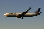 採れたてほしいもさんが、ロンドン・ヒースロー空港で撮影したユナイテッド航空 767-322/ERの航空フォト(写真)